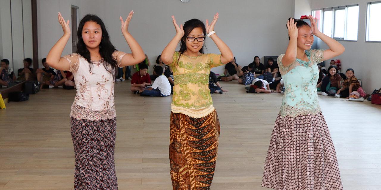 Bulan Bahasa SMP Karangturi